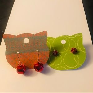 Jewelry - Holiday bells and bows earrings